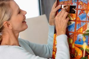 Auch Erwachsene freuen sich über einen Adventskalender.