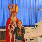 Nikolaus besucht Kinder im ELKI